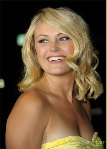 malin-akerman-couples-retreat-premiere-03